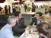 Europarlementarier Bas Eickhout praat met Biohuis, Bionext en IFOAM-EU over de Brusselse plannen om de bio regelgeving compleet te herzien.